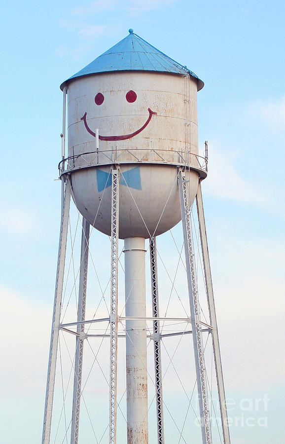 smiley-the-water-tower-steve-augustin
